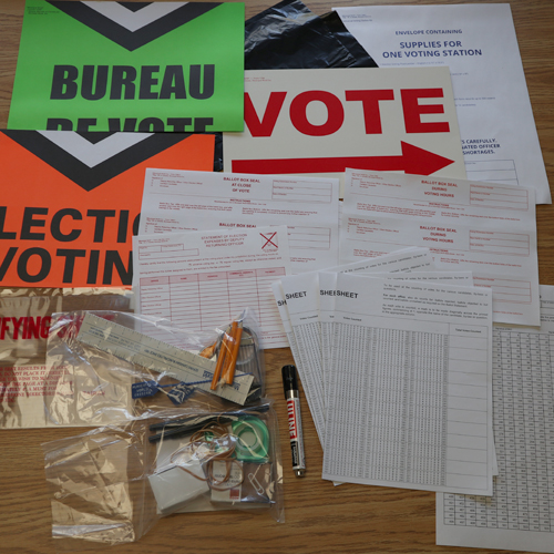 Universal Voting Station kit specially designed for DROs